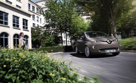 Green Beret: Affordable Renault Zoe EV Blasts Past Leaf in Driving Range