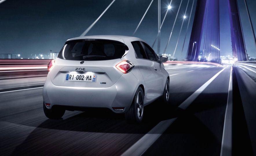 Renault Zoe EV - Slide 7