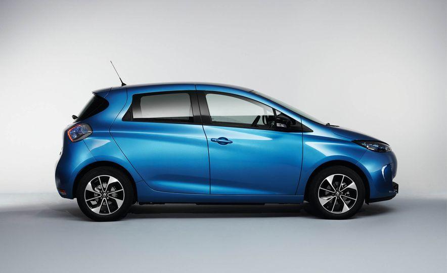 Renault Zoe EV - Slide 9