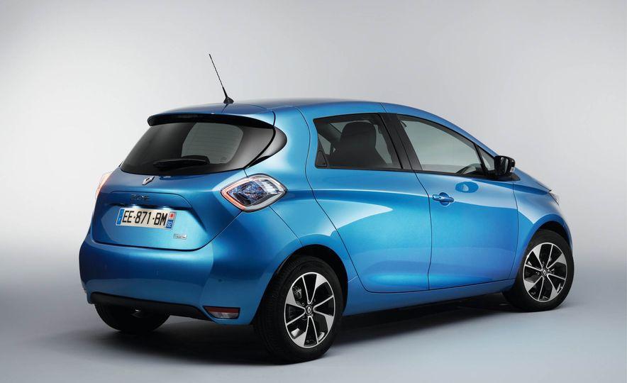 Renault Zoe EV - Slide 10