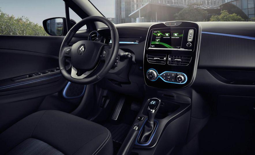 Renault Zoe EV - Slide 19