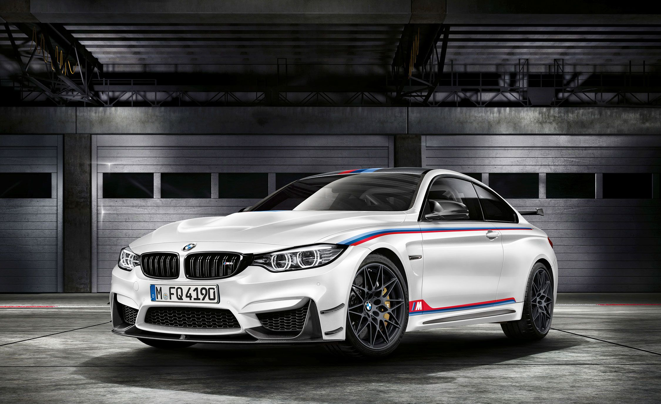 BMW M4 Reviews BMW M4 Price s and Specs