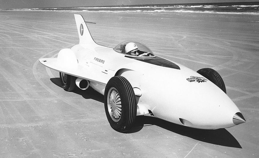 The Greatest Concept Cars of the 1950s - Slide 5