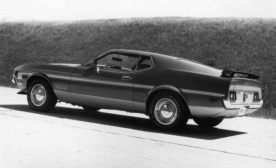 Ford Mustang: A Brief History in Zero-to-60-MPH Acceleration - Slide 6