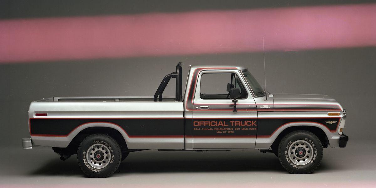 mondo macho special edition trucks     billys super badge  stripe jobs
