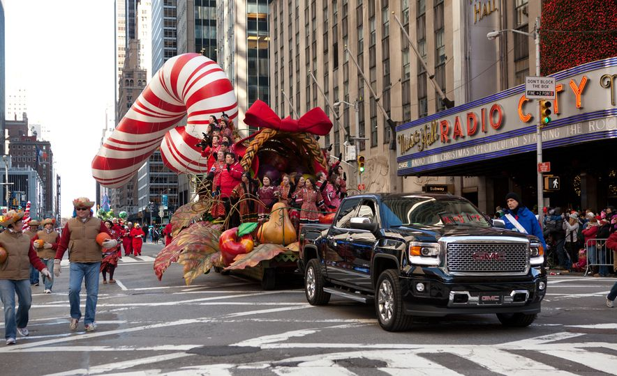 7 Things You Probably Didn't Know about Driving in the Macy's Thanksgiving Day Parade - Slide 3