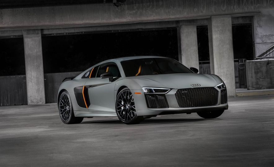 2017 Audi R8 V10 plus exclusive edition - Slide 5