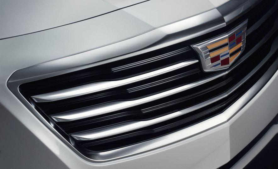 2017 Cadillac CT6 plug-in hybrid - Slide 12