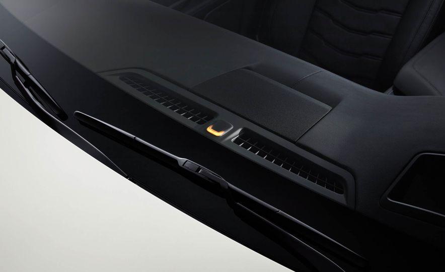 2017 Cadillac CT6 plug-in hybrid - Slide 20