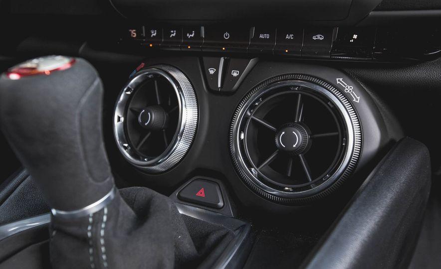 2017 Chevrolet Camaro SS 1LE - Slide 15