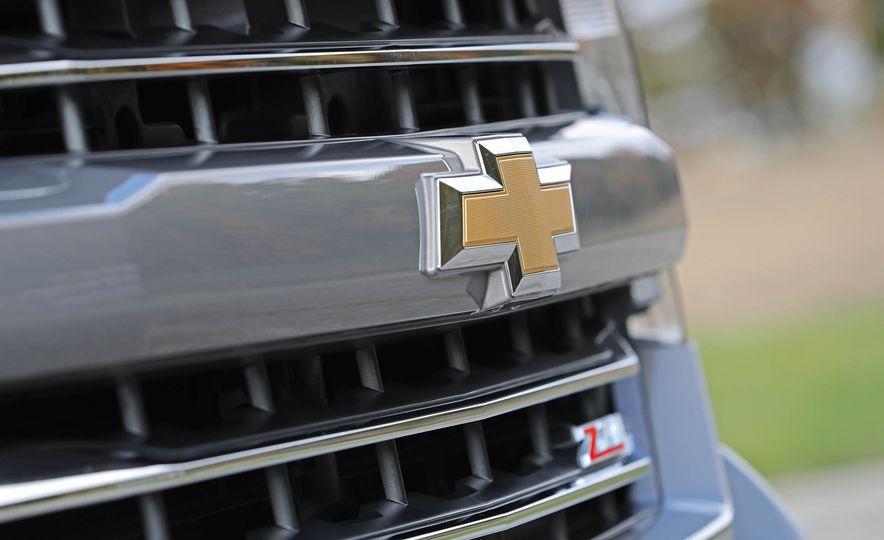 2017 Chevrolet Silverado 1500 LTZ Z71 - Slide 14