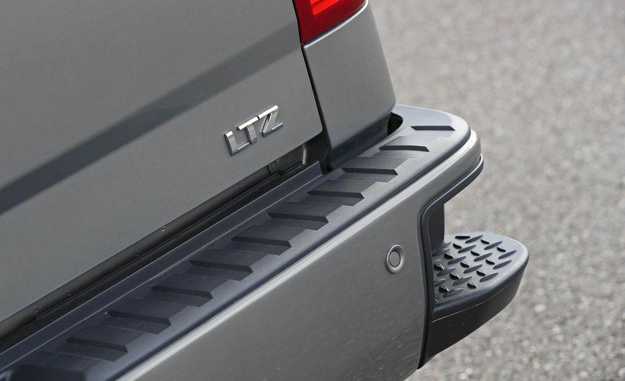 2017 Chevrolet Silverado 1500 LTZ Z71 - Slide 23
