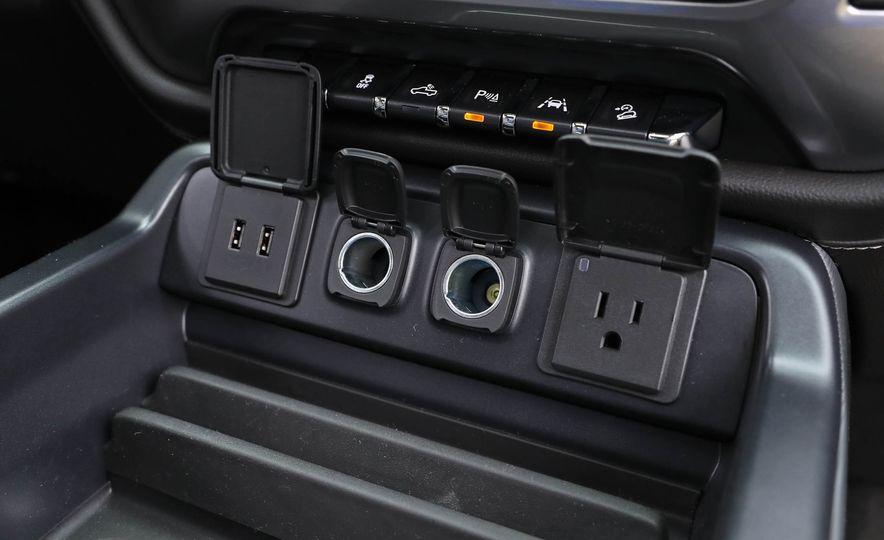 2017 Chevrolet Silverado 1500 LTZ Z71 - Slide 48