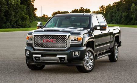 2017 GMC Sierra 2500/3500HD: Now with a Hood Scoop and an Optional Diesel