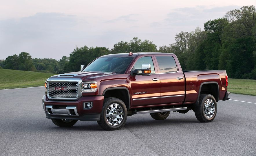 2017 GMC Sierra 2500 Denali HD - Slide 4
