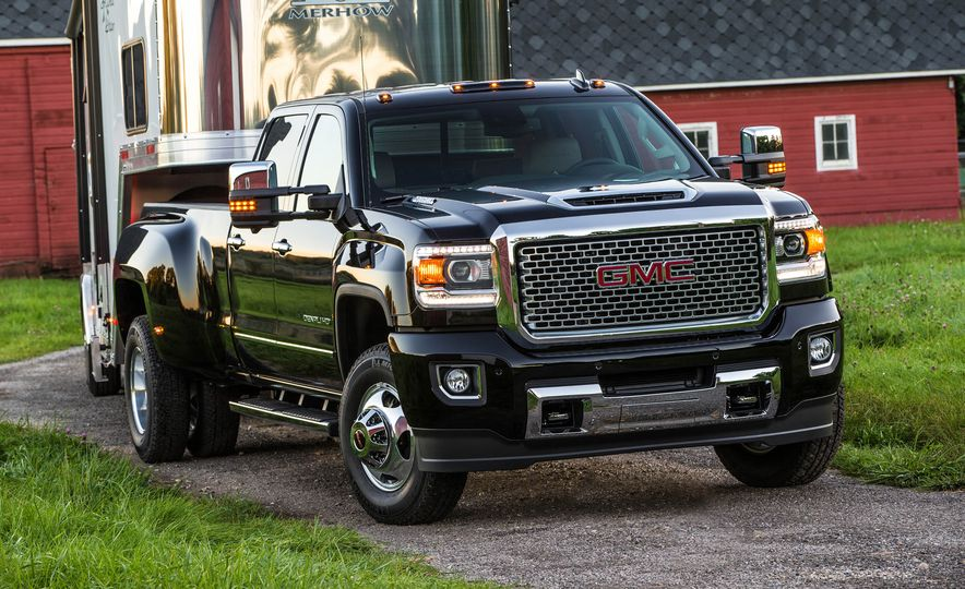2017 GMC Sierra 2500 Denali HD - Slide 18