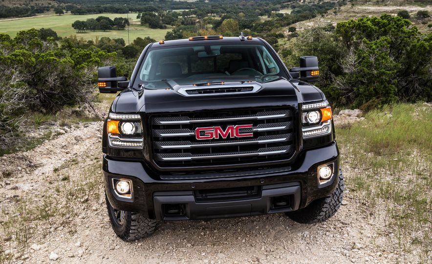 2017 GMC Sierra 2500 Denali HD - Slide 7