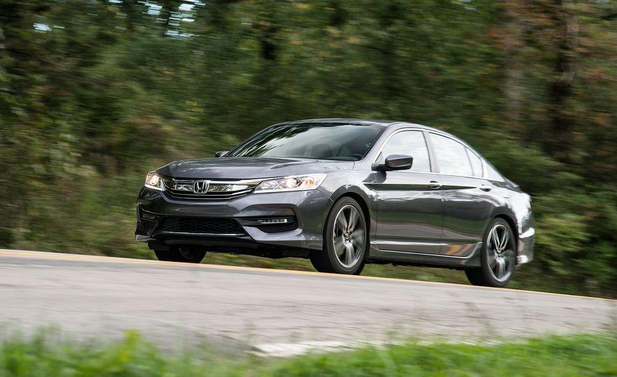 2017 Honda Accord - Slide 1