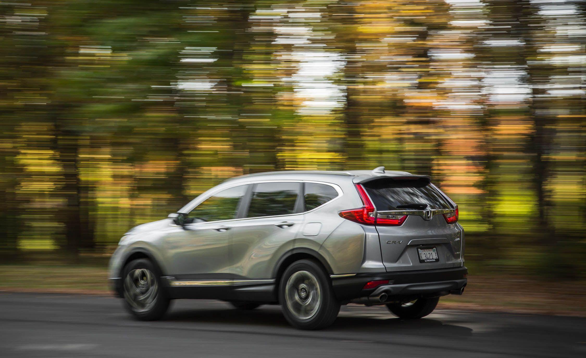 2019 Honda CR-V Reviews | Honda CR-V Price, Photos, and Specs | Car and  Driver
