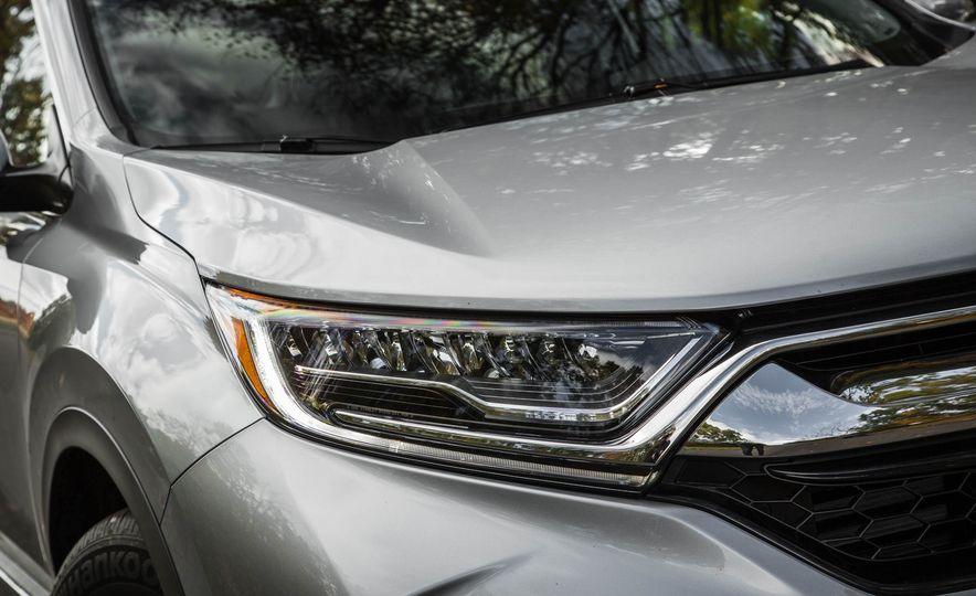 2017 Honda CR-V - Slide 17