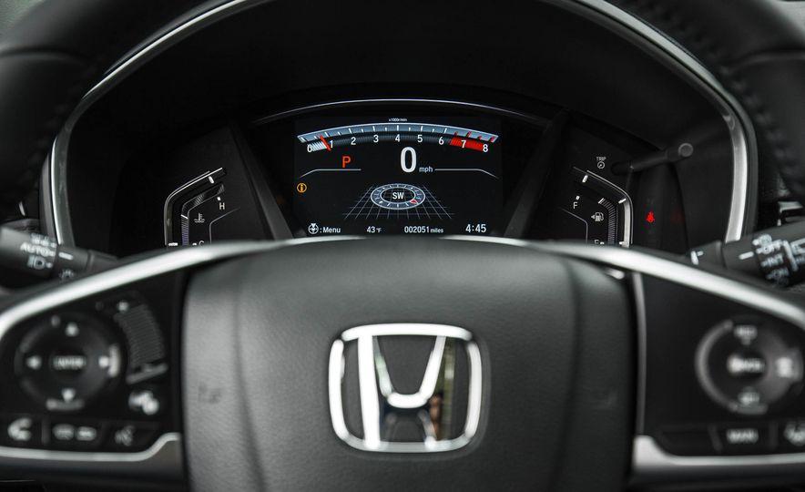 2017 Honda CR-V - Slide 32