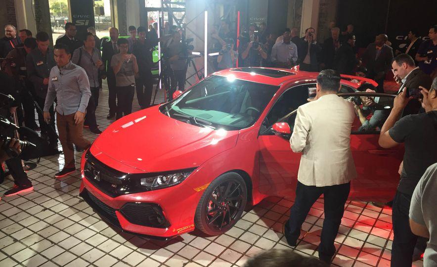 2017 Honda Civic Si coupe prototype - Slide 18
