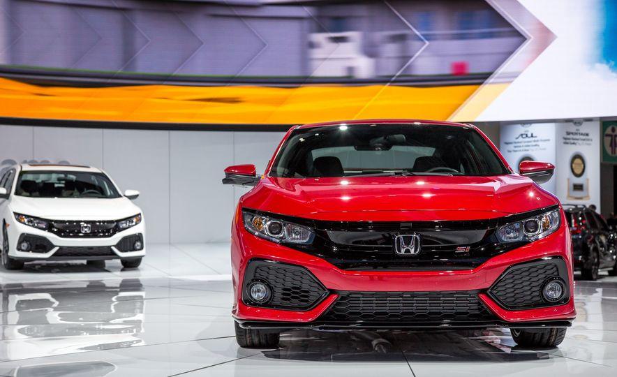 2017 Honda Civic Si coupe prototype - Slide 2