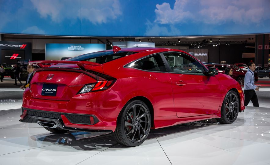 2017 Honda Civic Si coupe prototype - Slide 5