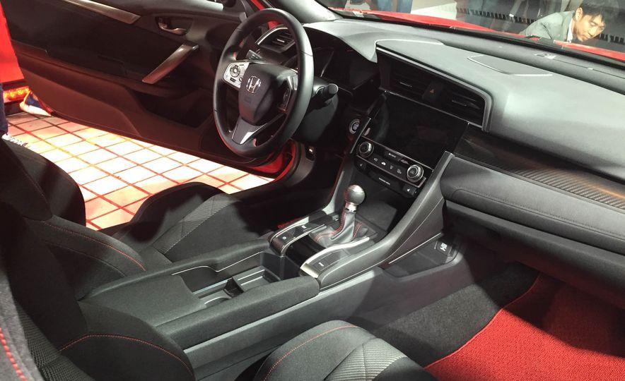 2017 Honda Civic Si coupe prototype - Slide 24