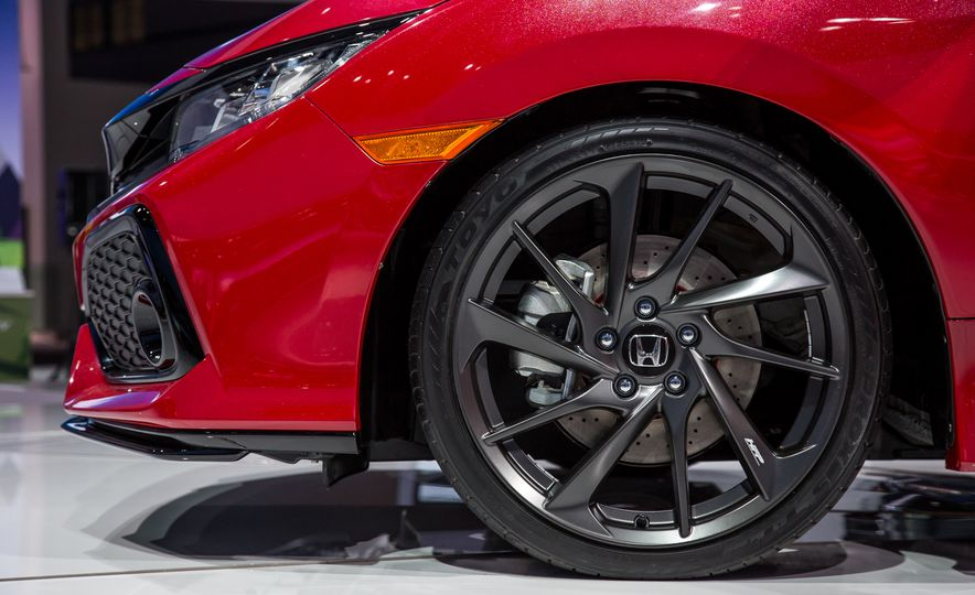 2017 Honda Civic Si coupe prototype - Slide 10