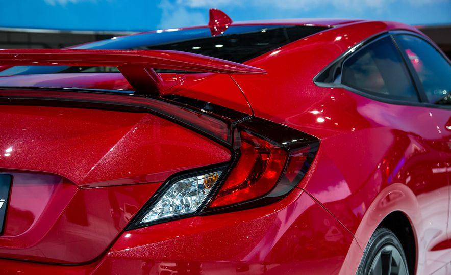 2017 Honda Civic Si coupe prototype - Slide 12