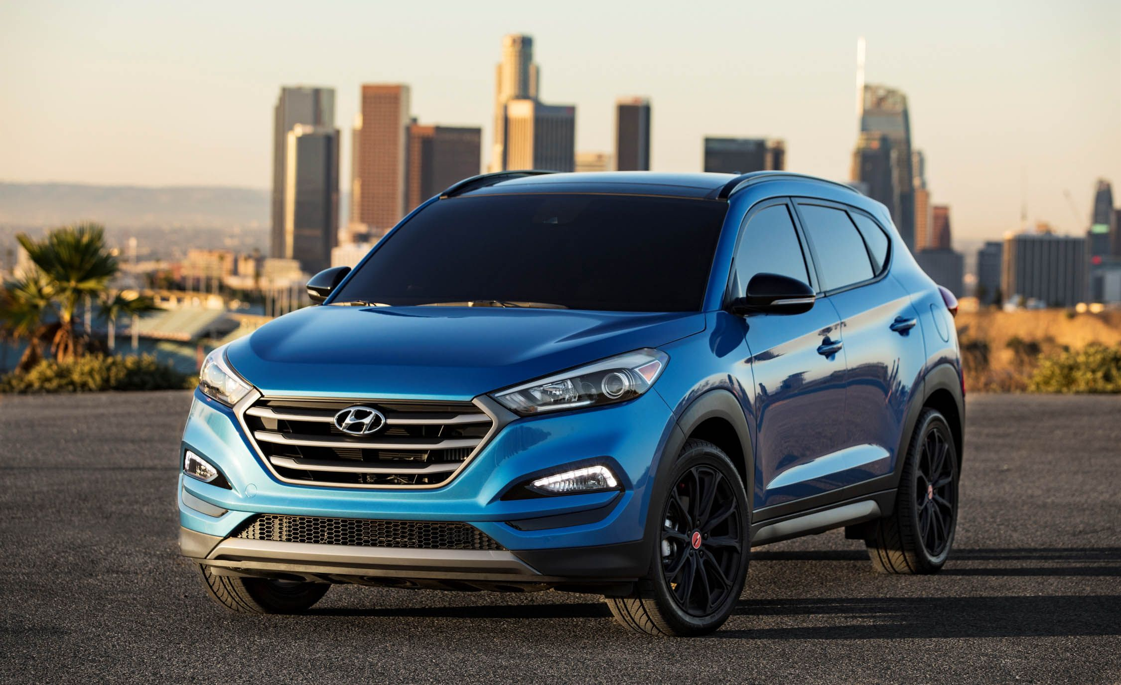 2017 Hyundai Tucson Night Edition PLACEMENT
