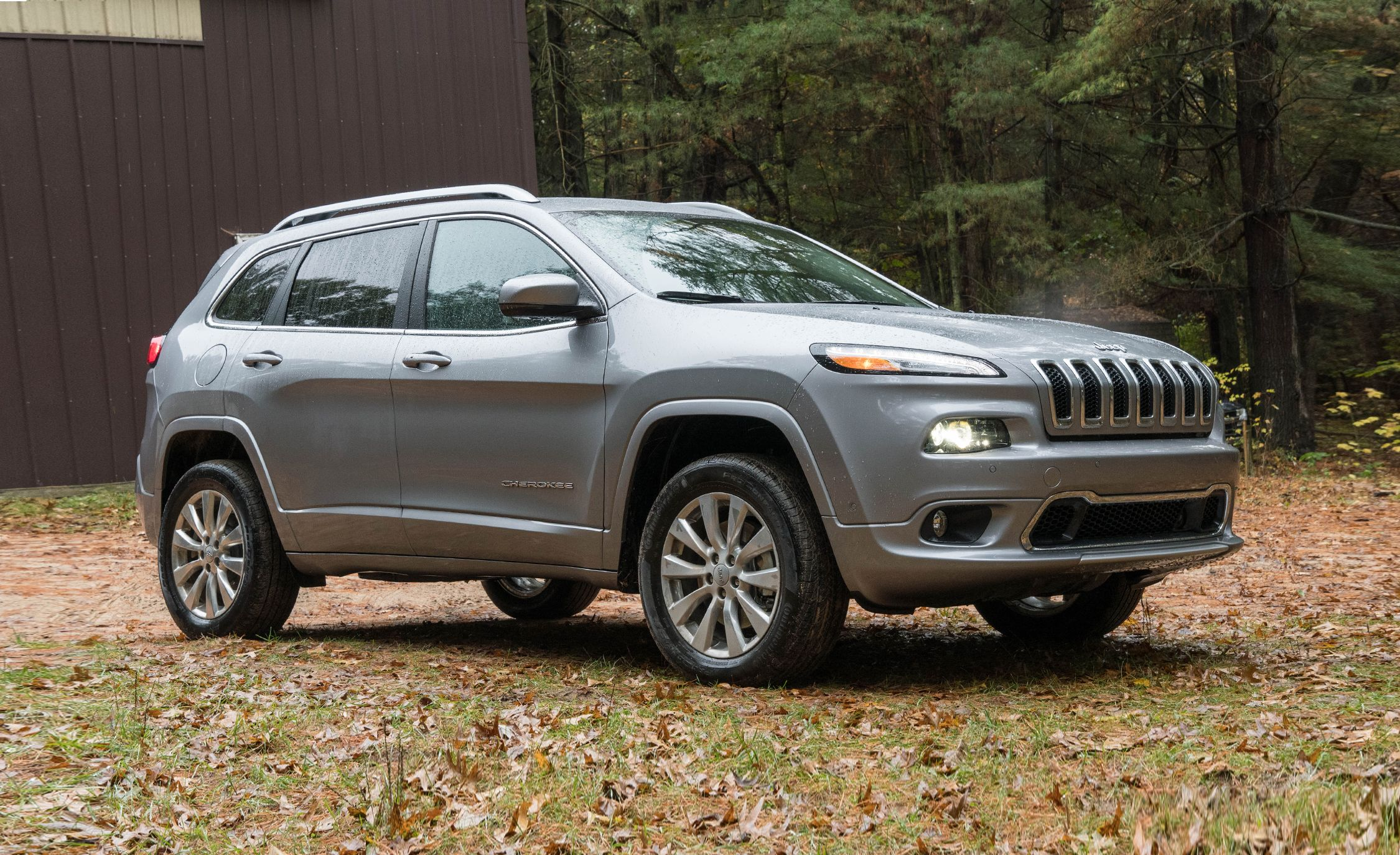 jeep cherokee reviews | jeep cherokee price, photos, and specs