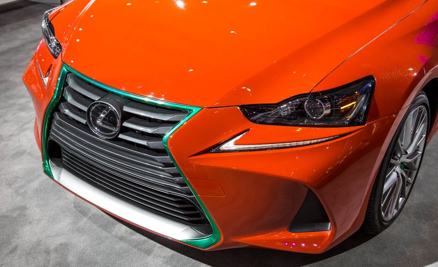 2017 Lexus Sriracha IS - Slide 7