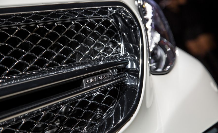 2017 Mercedes-Maybach S650 cabriolet - Slide 10