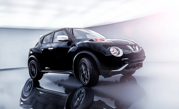 2017 Nissan Juke Black Pearl Is Ready for Prom