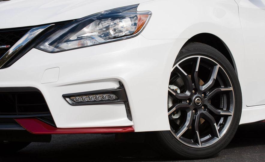 2017 Nissan Sentra NISMO - Slide 26