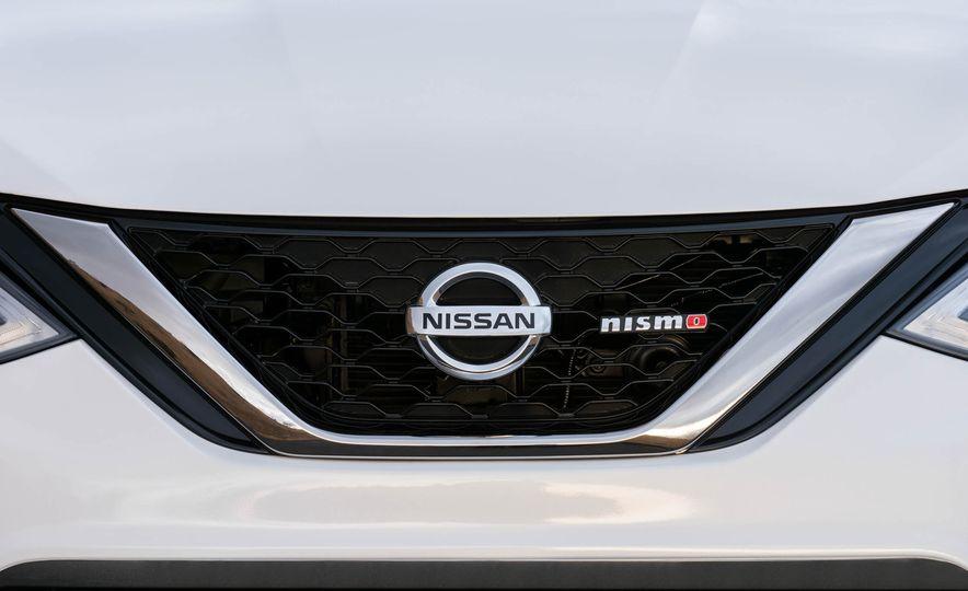 2017 Nissan Sentra NISMO - Slide 27