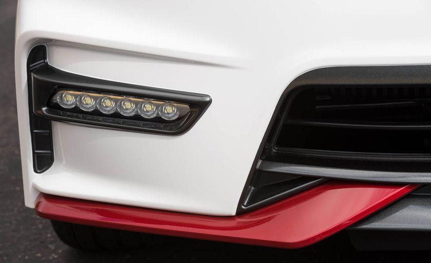 2017 Nissan Sentra NISMO - Slide 28