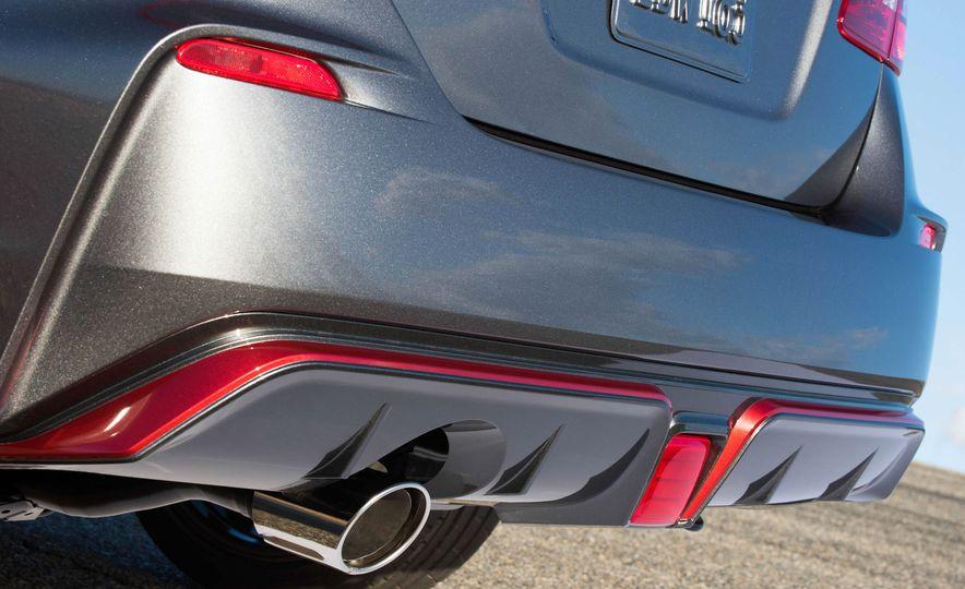 2017 Nissan Sentra NISMO - Slide 45