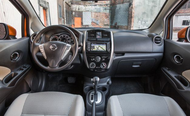 View 21 Photos 2017 Nissan Versa Note