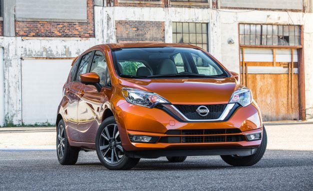 Off-Note: Refreshed 2017 Nissan Versa Note Abandons the Manual