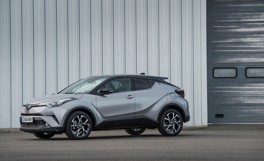2017 Toyota C-HR (Euro-spec) - Slide 18