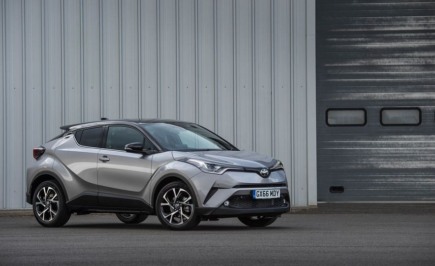 2017 Toyota C-HR (Euro-spec) - Slide 26
