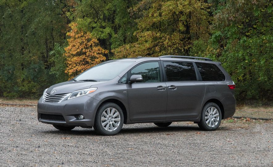 2017 Toyota Sienna Limited AWD - Slide 1
