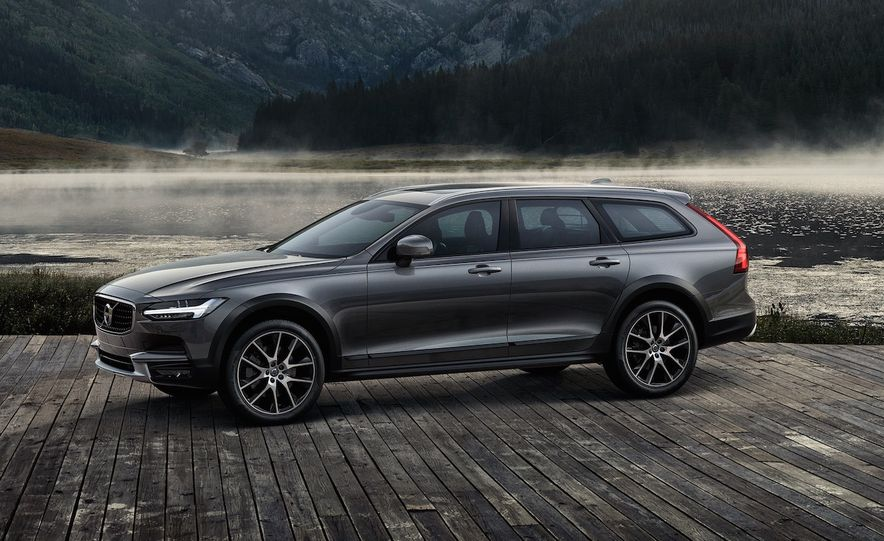 Rugged or Not, Here They Come: 17 Cars Suffering from SUV Envy - Slide 18