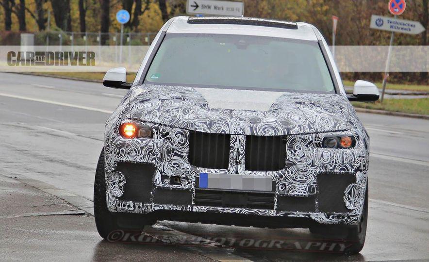 2018 BMW X7 (spy photo) - Slide 3