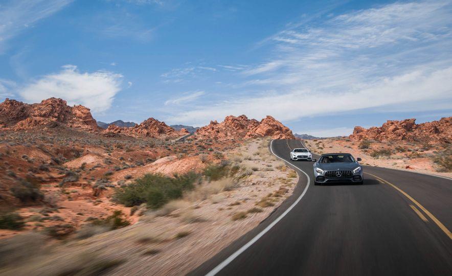 2018 Mercedes-AMG GT / GT C Roadster - Slide 2