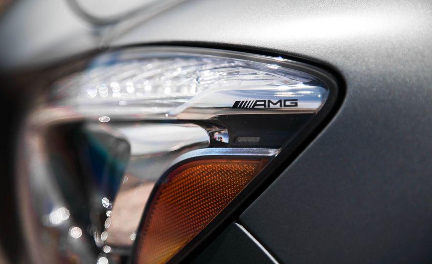 2018 Mercedes-AMG GT / GT C Roadster - Slide 49