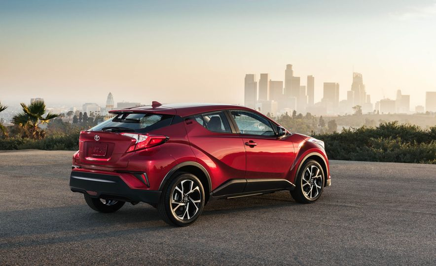 2018 Toyota C-HR - Slide 14